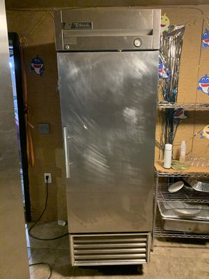 Commercial refrigerator/fridge/cooler for Sale in Phoenix, AZ