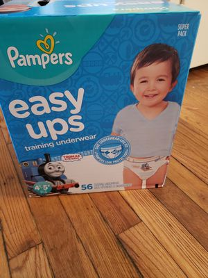 1 BOX PAMPERS EASY UPS SIZE 4T 5T for Sale in Hyattsville, MD