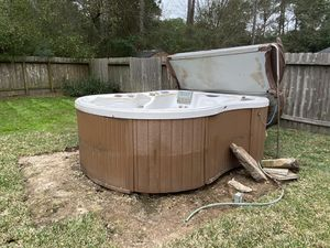 Spa hot tub / Dimension One 7-8 seats Multi color lights look great in white tub. Numerous fountain settings. Comes with fold over cover. It is not w for Sale in Cypress, TX