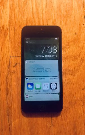 *THIS IS A STEAL* EXCELLENT CONDITION IPHONE 5 UNLOCKED FOR ALL CARRIERS (16gb) for Sale in Newark, NJ