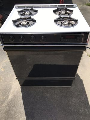 Gas Stove for Sale in Winnie, TX