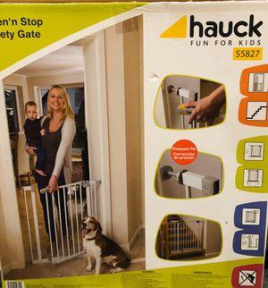 Hauck Doorway Safety Gate for Sale in Cincinnati, OH