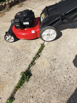 Yard machine 140cc with Briggs &Stratton engine new oil change new spark plug nice push lanwmower for Sale in Dearborn, MI