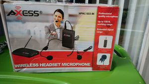 Wireless head ser for Camera-Video - Cellphone for Sale in Kissimmee, FL