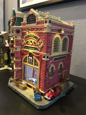 Lemax Signature Collection: Incredible Toy Emporium for Sale in Dallas, TX