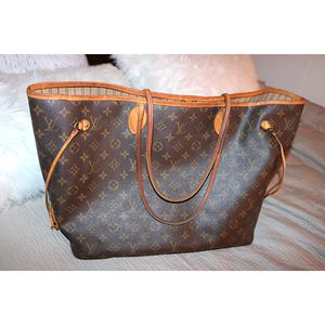 Louis Vuitton Monogram Neverfull GM tote bag for Sale in Modesto, CA