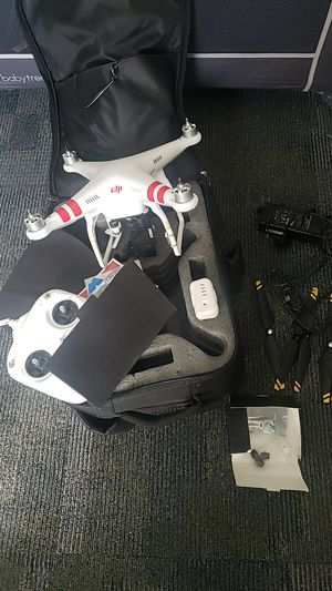 DJI PHANTOM 2 WITH GOPRO 4 GIMBLE AND BAGPACK for Sale in Covina, CA