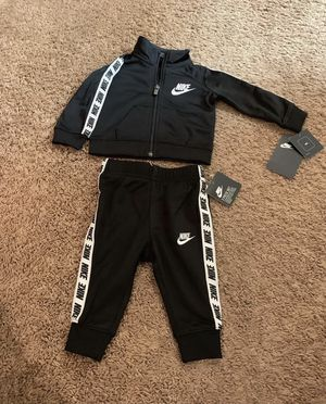 Unisex Nike Outfit 6 Months for Sale in Atlanta, GA