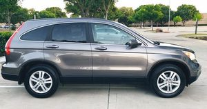 SELLING SILVER COLOR HONDA CRV 2010 EASY TO APPLY for Sale in Houston, TX