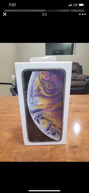 iPhone XS MAX 64g Brand on the box unlocked Read description for Sale in Rialto, CA