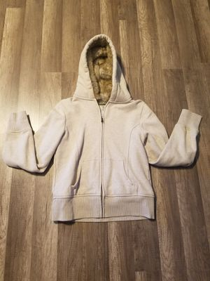 Women or young winter jacket fur Size M/S for Sale in Parlier, CA