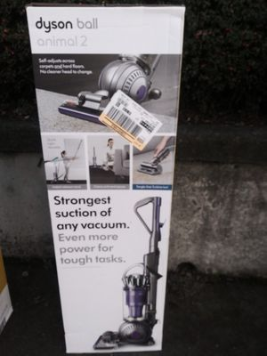 Dyson Ball Animal 2 Bagless Vacuum for Sale in Tacoma, WA