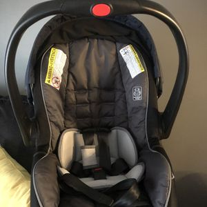 Graco Snugride Snuglock35 for Sale in Hendersonville, TN