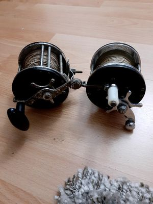 2 fishing reels for Sale in Fort Lauderdale, FL