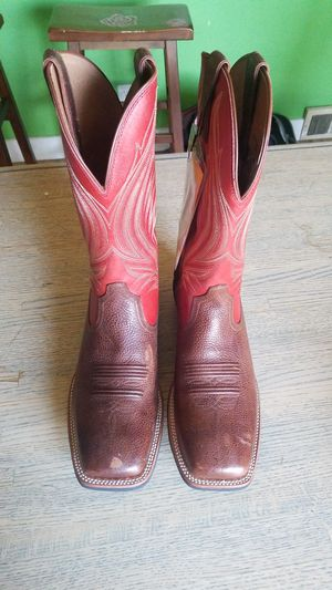 Men's size 10 Ariat Catalyst Prime for Sale in Oregon City, OR