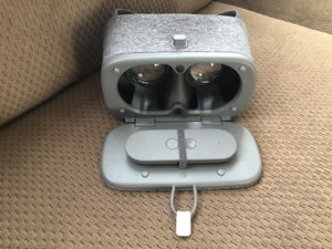 Google Daydream View VR Headset with Remote - Slate for Sale in Rowlett, TX