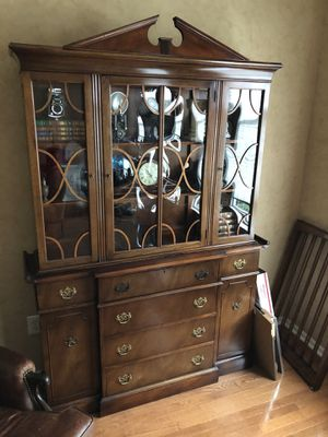Saginaw Antique Solid Mahogany China Cabinet for Sale in Sewell, NJ