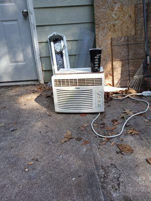 Haier AC window unit for Sale in Woodstock, GA