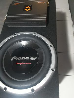 Subwoofer and amp for Sale in Las Vegas, NV