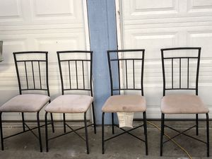 4 Set of Black Metal Dining Table Chairs for Sale in Fresno, CA