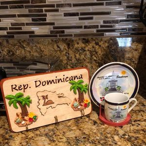 🇩🇴Keys & plate/cup holders Souvenirs🇩🇴 for Sale in West Palm Beach, FL