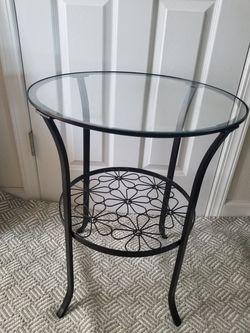IKEA Klingsbo Side Table for Sale in Lynnwood,  WA