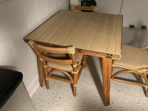 Vintage Kitchen Table and Chairs for Sale in Hamtramck, MI