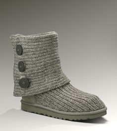 UGGs siZe 7 used for Sale in Cleveland, OH