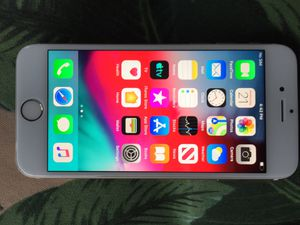 iPhone 6 128gb sprint with charger for Sale in Lake Forest, CA