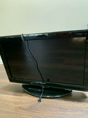 """32"""" Toshiba tv for Sale in Roy, WA"""