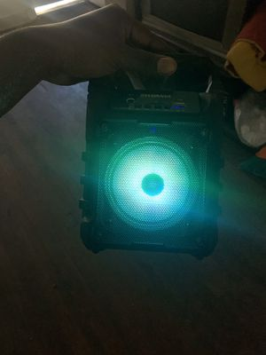 Bluetooth speaker for Sale in Camden, NJ
