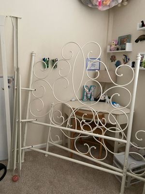 Pottery barn head board and frame for a full size bed for Sale in Stuart, FL