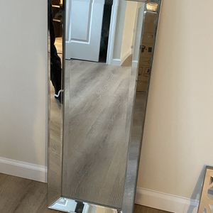 Mirror for Sale in Watertown, CT