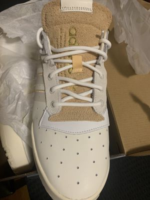 Adidas rivalry shoe deadstock 9.5 for Sale in Milwaukee, WI