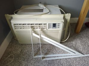 Samsung window AC unit for Sale in Tacoma, WA