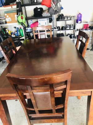 Dining Table with five chairs for Sale in Nashville, TN