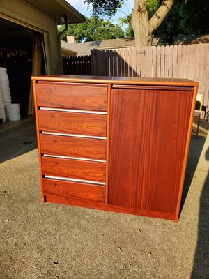 Dresser with cabinet for Sale in Denton, TX