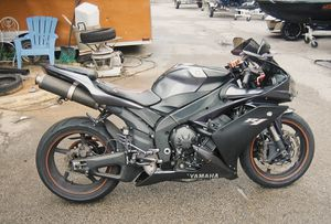 I sell URGENT 2007 Yamaha YFZ-R1 1000cc for Sale in Los Angeles, CA