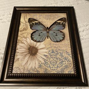 Wall Pic Frame for Sale in New Britain, CT