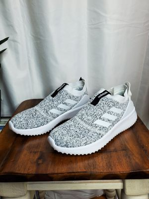 Adidas Cloudfoam for Sale in North Smithfield, RI
