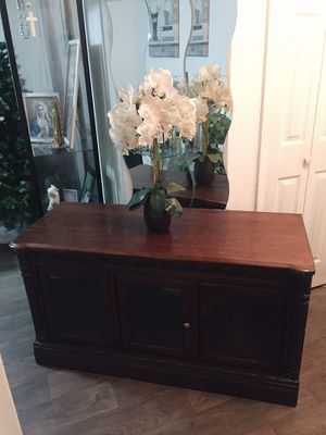 Tv stand for Sale in Kissimmee, FL