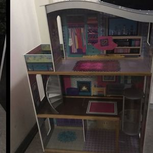 Doll House for Sale in Clifton, NJ