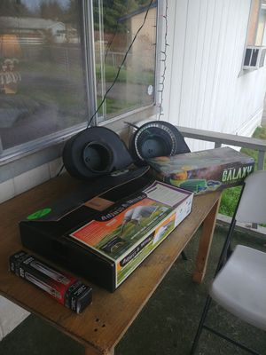 Lights fans ballest and tent for Sale in Buckley, WA