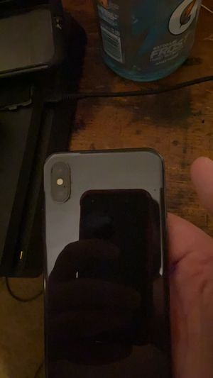 Iphone x( sprint) for Sale in Toledo, OH