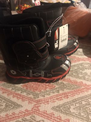 Brand new kids snow boots for Sale in Richmond, CA