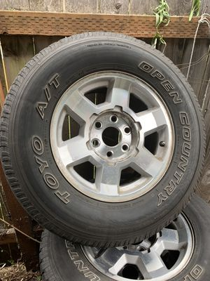 Toyo a/t open country 265/70/17 for Sale in Portland, OR