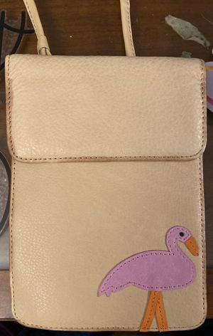 SHOULDER WALLET BAG WITH SMALL MIRROR for Sale in Moorpark, CA