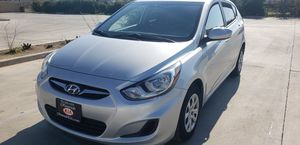 2014 hyundai accent for Sale in Riverside, CA