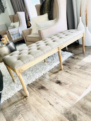 TUFTED BUTTONS BENCH/BANQUET/OTTOMAN SEAT for Sale in Renton, WA