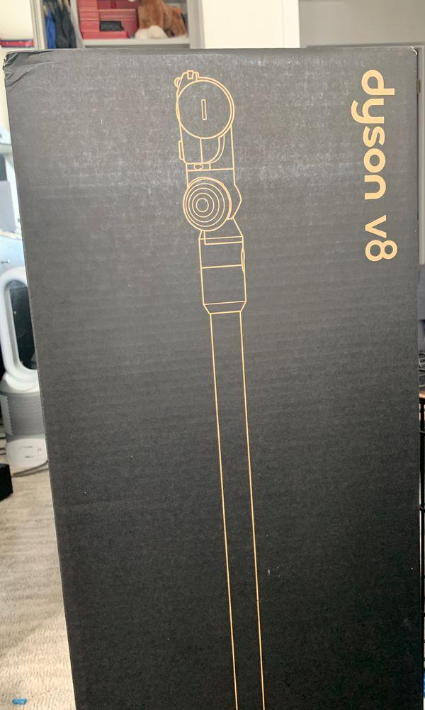 Dyson V8 Absolute /Handheld Vacuum (Yellow) Brand New
